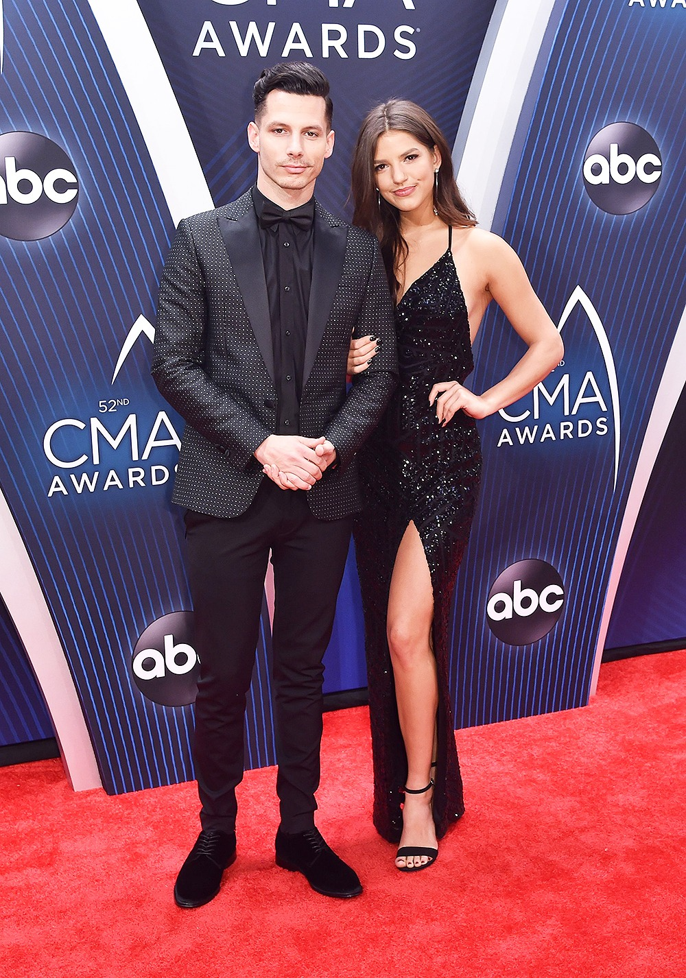 Red Carpet Arrivals At The Cma Awards 2018